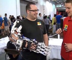 LEGO Robotic Hand & Arm: Mindstormsminator