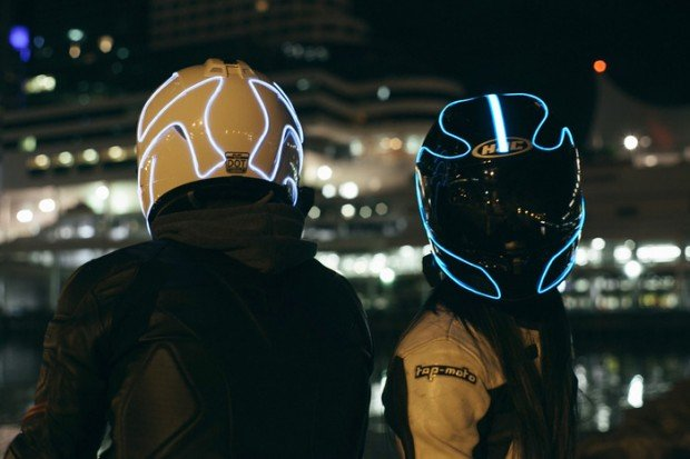 lightmode-electroluminescent-light-for-motorcycle-helmets-2
