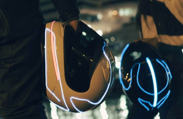lightmode-electroluminescent-light-for-motorcycle-helmets-4