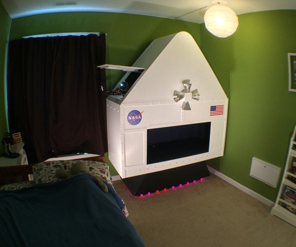 Dad Builds Tiny but Interactive NASA Spaceship, Skyrockets in Dad Rankings