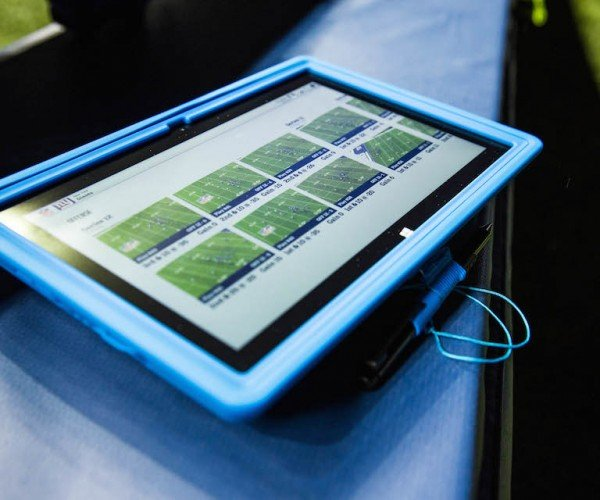 NFL to Let Teams Use Surface Tablets on Sidelines