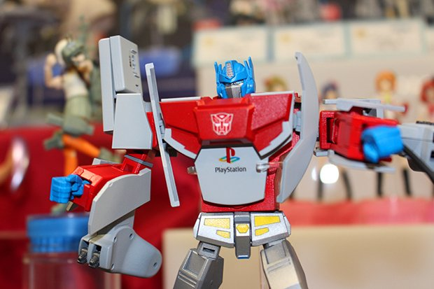 playstation 1 optimus prime by takara tomy 2