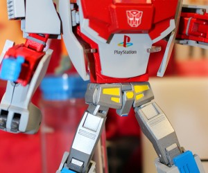 PlayStation Optimus Prime & Mega Drive Megatron: Consoles in Disguise