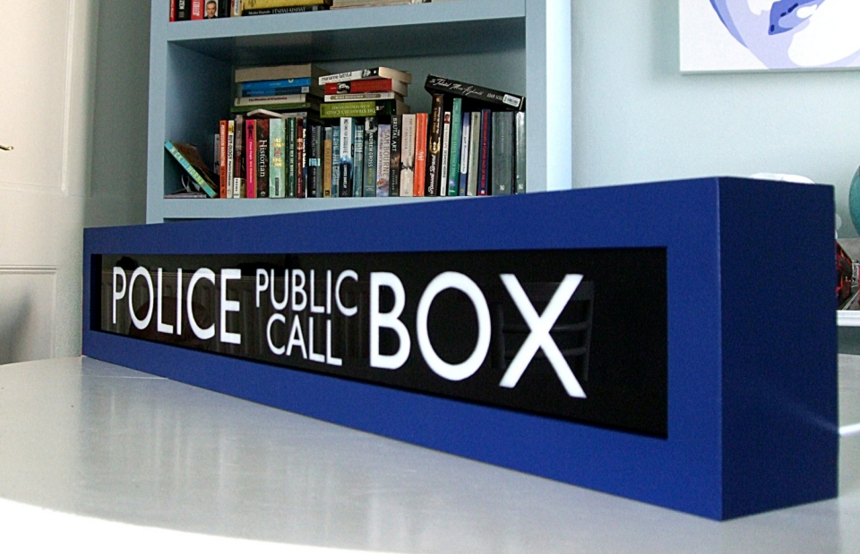 Tardis Light Box Shows When The Doctor Is In
