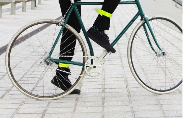 reflective_lightning_bike_cuffs_2