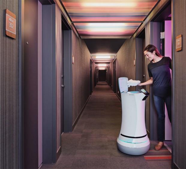 savioke botlr robot 2 620x565