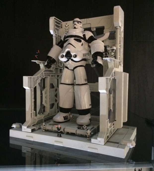 star-wars-stormtrooper-storm-king-machine-mini-statuette-by-bulletpunk-3