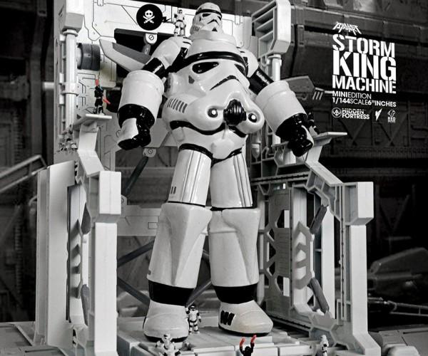Star Wars Stormtrooper Robot Mini Statuette: Robo Fett