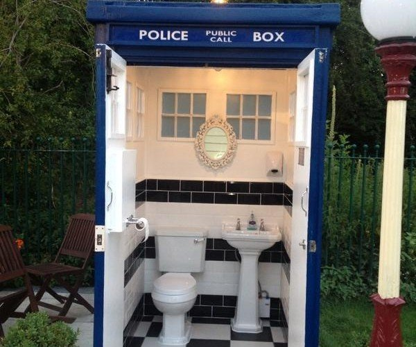 Doctor Loo: This TARDIS is a Bathroom