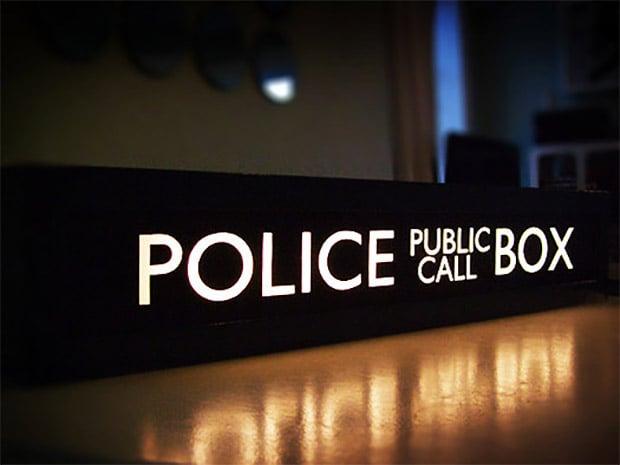 tardis_call_box_sign_3