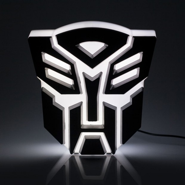 transformers autobot usb light 3 620x620