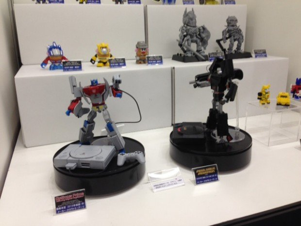 transformers-optimus-prime-playstation-megatron-mega-drive-by-takara-tomy