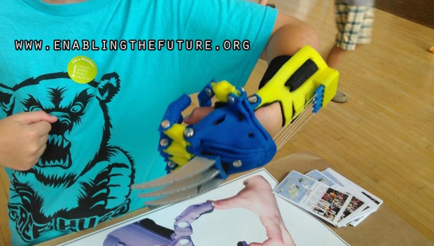 3d-printed-wolverine-prosthetic-hand-by-aaron-brown-of-e-nable-2