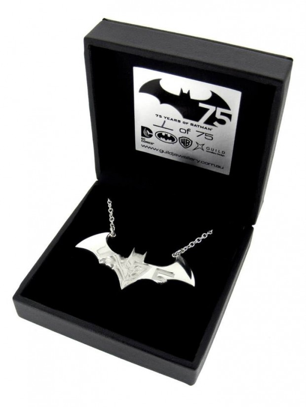 batman necklace1