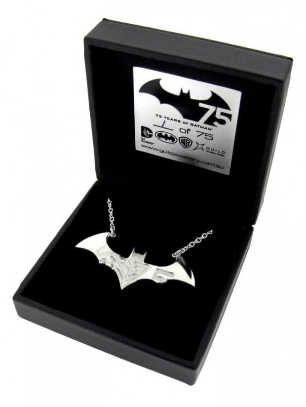 batman necklace1