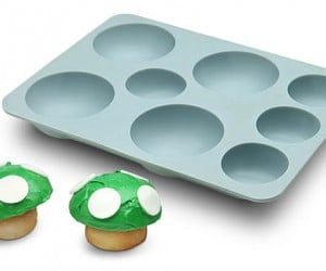 Mario Mushroom Cake Pan Cooks 'Shrooms That Make You Grow