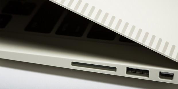 colorware-apple-macbook-air-retro-4