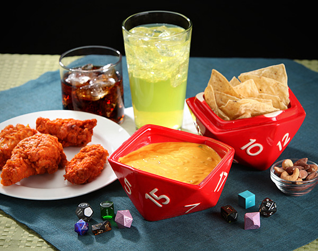 d20-bowl-set-from-thinkgeek-2