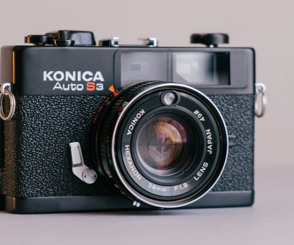 Film Camera Combined with Digital Camera: Camshop