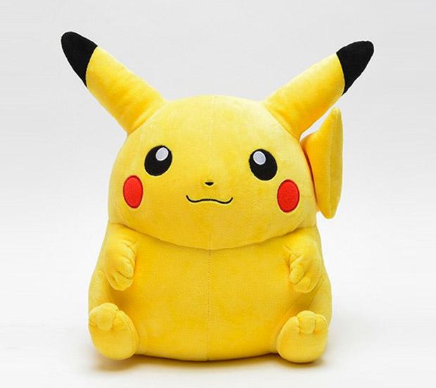 giant_pikachu_1