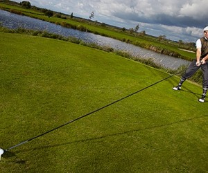 Danish Guy Sets World Record for Longest Usable Golf Club