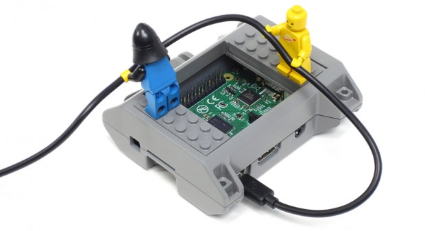 lego-gopro-compatible-raspberry-pi-case-smartipi-by-tom-murray