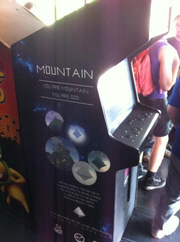 mountain-arcade-cabinet-2