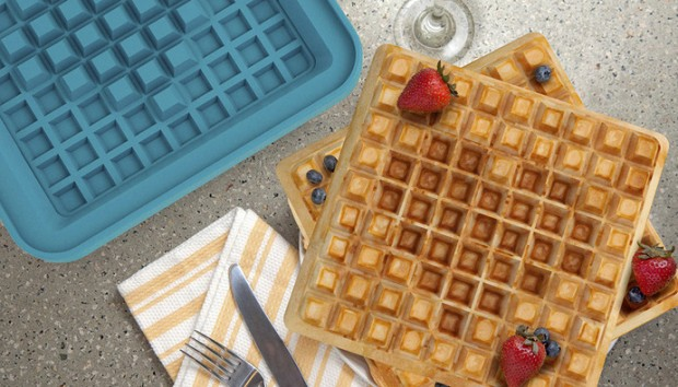pixel-waffle-iron-concept-by-quirky-chunder