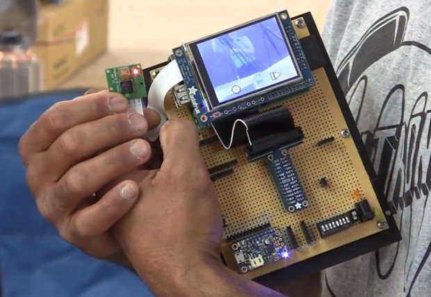 raspberry-pi-point-and-shoot-camera-by-the-ben-heck-show
