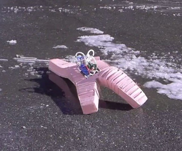 This Robot Crawls Through Acid, Ice and Fire: Is Squishy