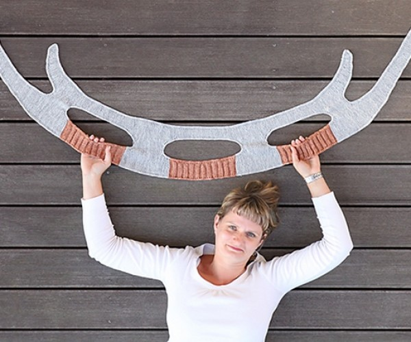Winter Is Coming: Warm up with a Klingon Bat'leth Scarf