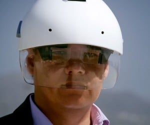 DAQRI Smart Industrial Helmet: Augmented Worker