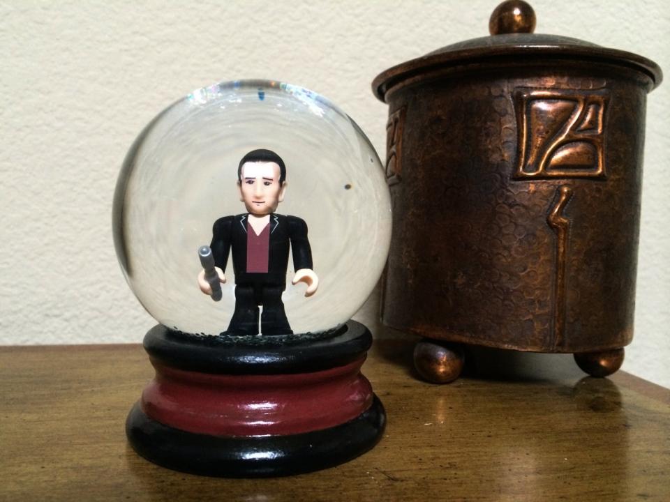 Doctor Who Mini Snow Globes Doctor Snow Technabob