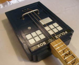 TARDIS Guitar: More Jangly on the Inside