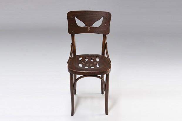 Coppelius' chair1