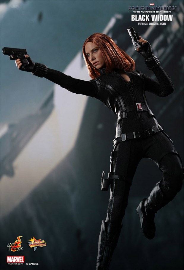 black_widow_action_figure_1