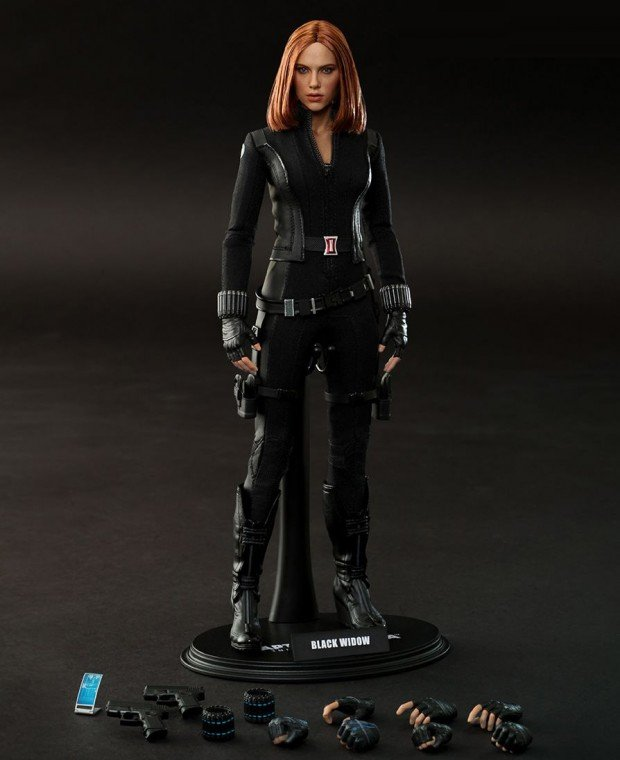 black_widow_action_figure_2