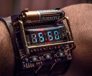 ChronodeVFD Steampunk Watch: Time is a Flat Tube