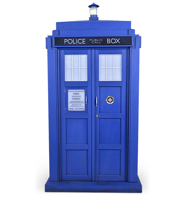 11th Doctor Who TARDIS 16 Scale Model Smaller On The