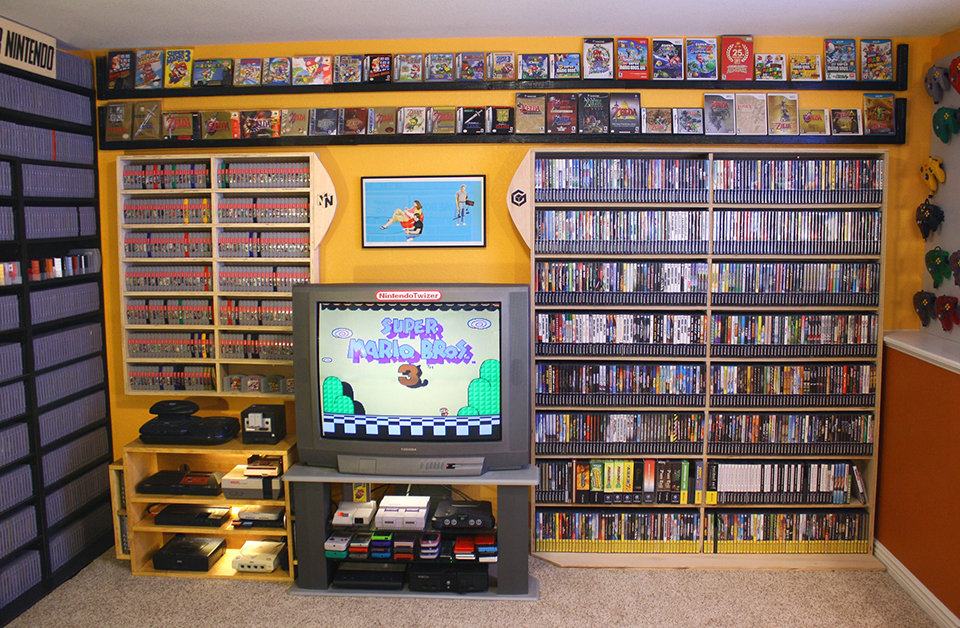 5 700 video game collection for sale carts and carts of carts technabob. Black Bedroom Furniture Sets. Home Design Ideas