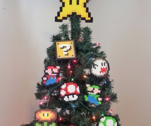 Super Mario Bros. Christmas Ornament Set: Have a Merry Mario and a Happy Luigi