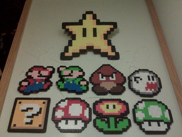Super Mario Bros. Christmas Ornament Set: Have a Merry ...