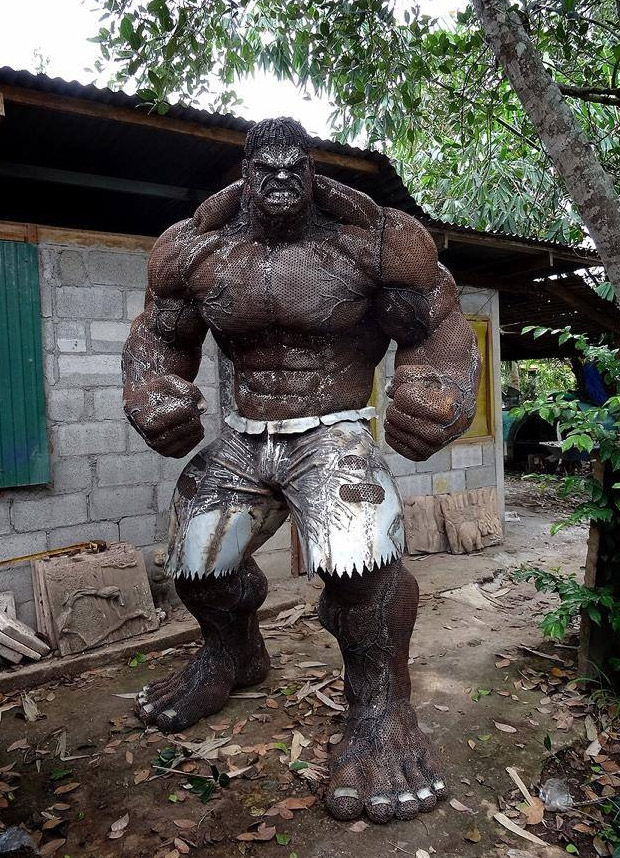 metal_hulk_sculpture_1