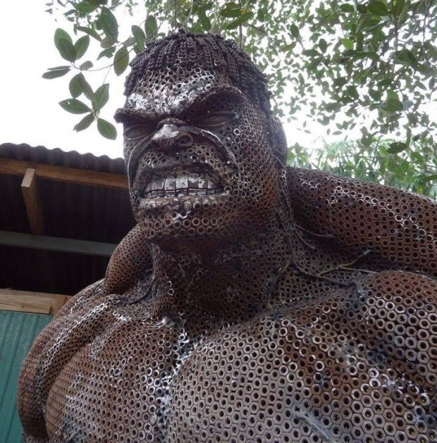 metal_hulk_sculpture_2