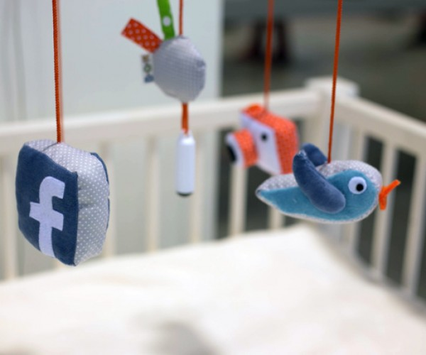 Start 'Em Young: New Born Fame Lets Your Baby Take Selfies