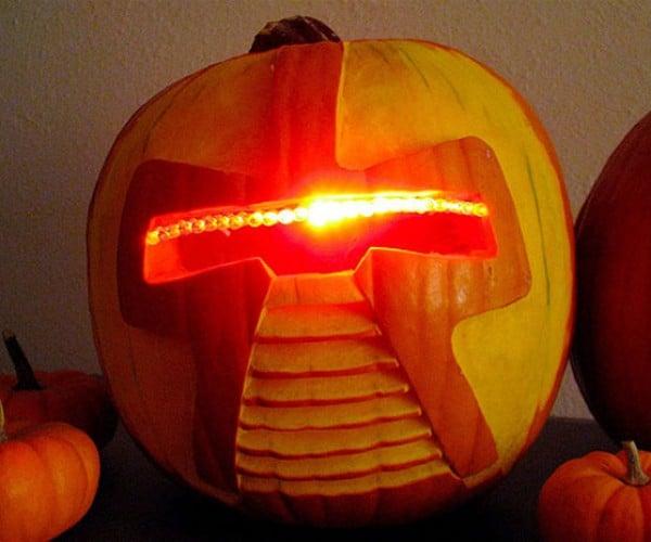 Geeky Jack-o-Lanterns: Some Truly Smashing Pumpkins