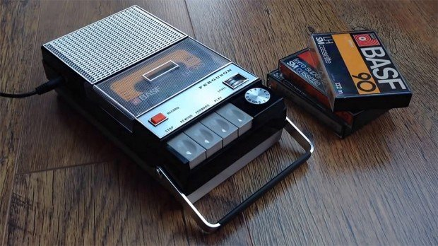 raspberry-pi-cassette-player-spotify-media-server-by-matt-brailsford