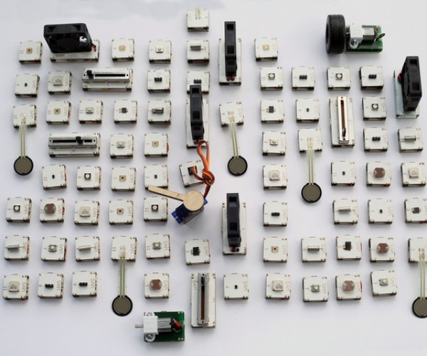 SAM Electronics Kit Replaces Solder with Bluetooth: Hack in Pieces