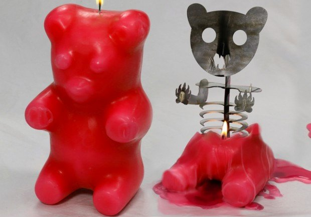 skeleton_gummi_bear_candle_2