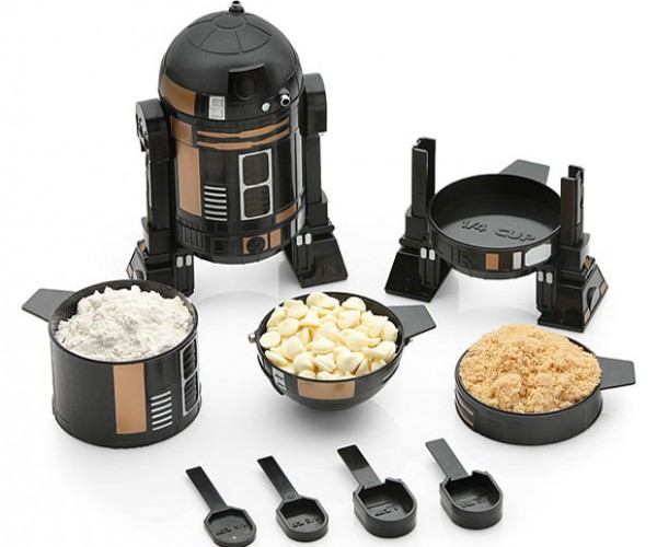 Star Wars R2-Q5 Measuring Cup Set Straight from the Death Star Kitchen